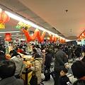 Photos: 師走の上海スーパーマーケットのレジ前