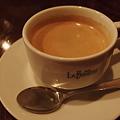 写真: ラ・ボエームで食後のコーヒー