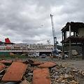 写真: 被災地励ます寄港