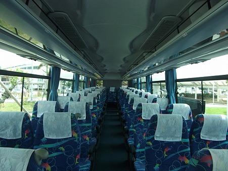 619-バス車内全景