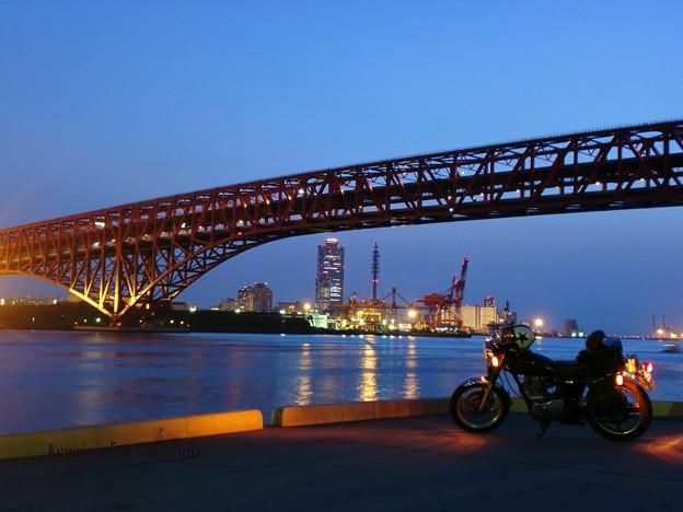 大阪港トラス