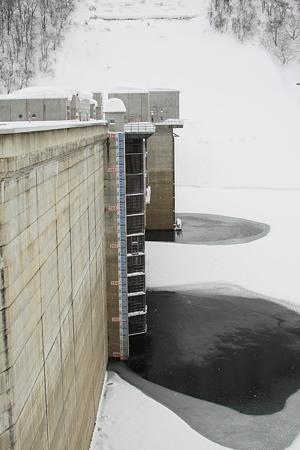 月山ダム 貯水量