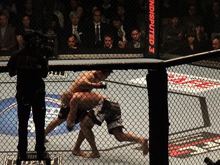 UFC 144 岡見勇信vsティム・ボーシュ (1)
