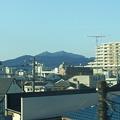 Photos: 車窓の筑波山1