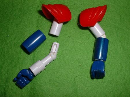 バンダイ 「ハイコンプリート モデル」『ライディーン』 腕部構造