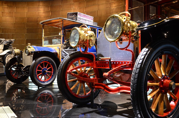 17.Mercedes-Benz Museum